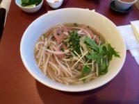 女性1人でも入りやすい美味しいベトナム料理「フォーナムナム」。