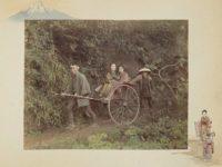 浅草でお馴染みの人力車の歴史を紹介。