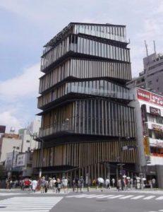 浅草文化観光センター:無料の展望台のある観光センター