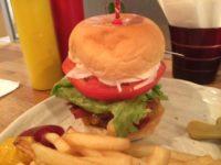 浅草で美味しいハンバーガーを食べるなら木道天国!