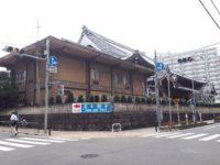 浅草の朝は東本願寺の晨朝法要でお経とお説法を拝聴しよう!