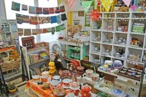 ヨーロッパで買い付け!ヴィンテージ生地と食器・雑貨のお店「緑園」でお部屋を彩ろう!