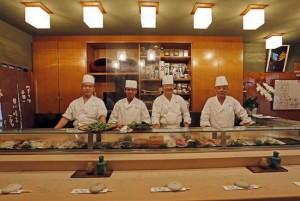 極小寿司で有名な寿司屋の野八、美味しさと美しさを楽しめる名店。