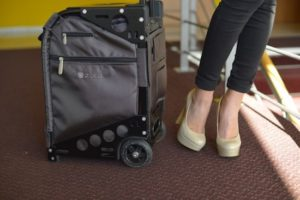 浅草の手荷物預り所一覧。トランクやお土産、鞄の預けて手ぶら観光。
