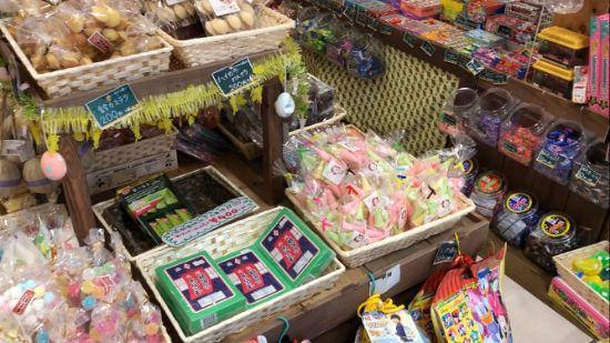 浅草ハイカラ横丁の駄菓子
