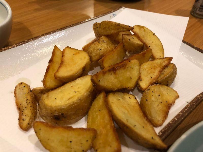 料理屋のフライドポテトはまた別格に美味しい